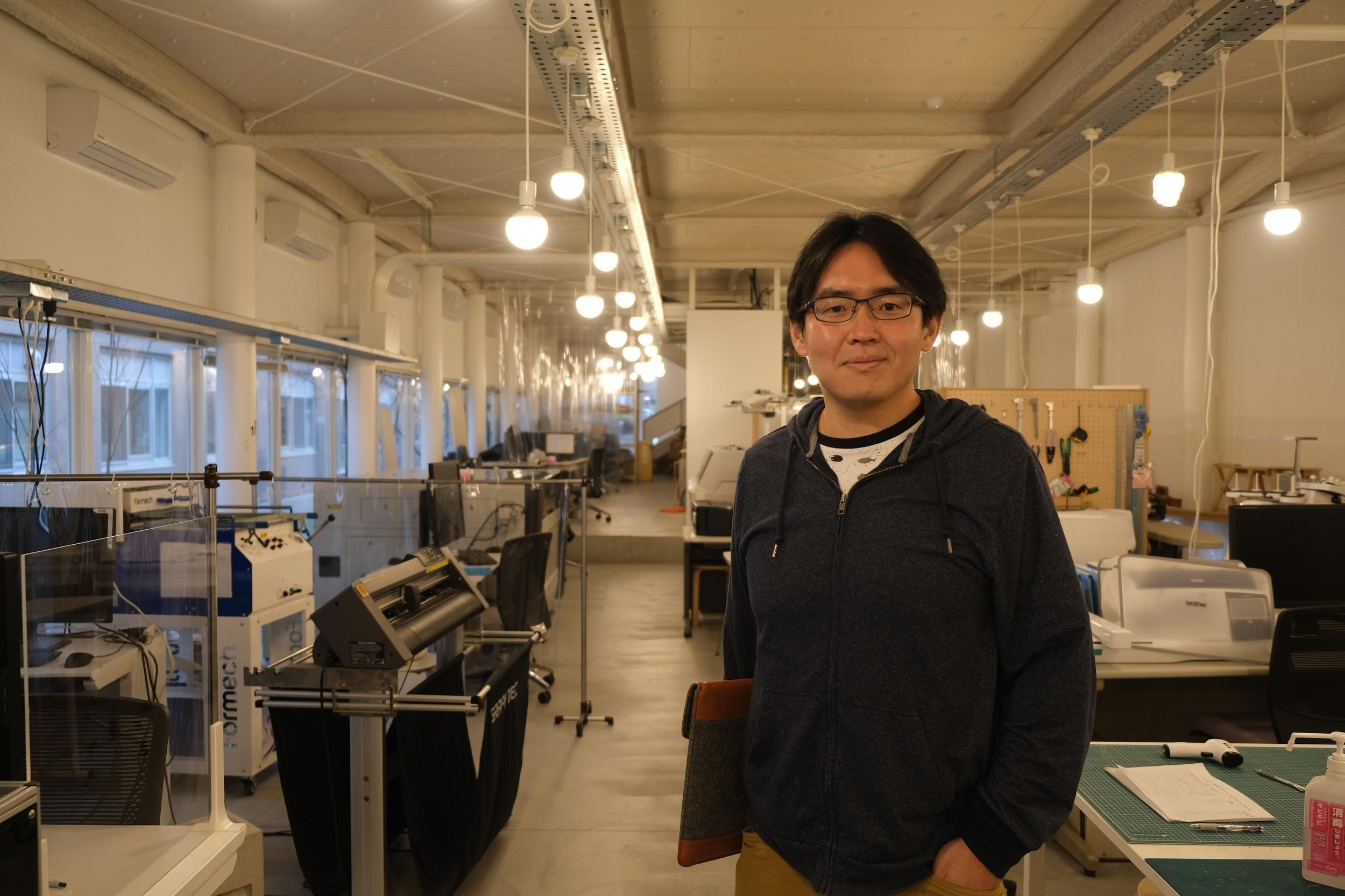 京都工芸繊維大学デザイン・建築学系 准教授 Sushi Suzuki